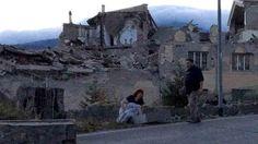 De acuerdo con las autoridades locales hay personas atrapadas bajo los  escombros tras el sismo de 6,2 grados de magnitud.