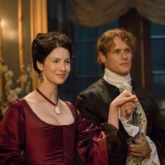 Caitriona Balfe and Sam Heughan as Claire and Jamie Fraser in Outlander Season 2 - These two clean up quite nicely. #OutlanderOfferings