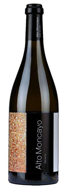 Alto Moncayo 2010 elegido como uno de los mejores vinos del mundo http://www.vinetur.com/2013112013939/alto-moncayo-2010-elegido-como-uno-de-los-mejores-vinos-del-mundo.html