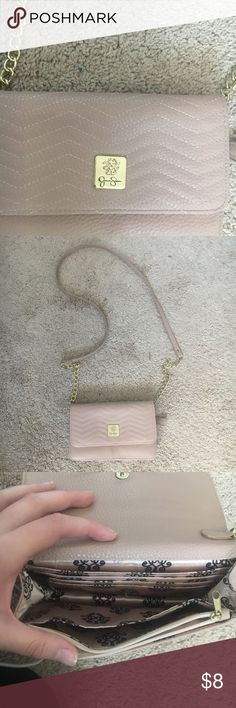 Jessica Simpson crossbody Crossbody light pink bag. Jessica Simpson brand. Super cute fits phone, and a couple makeup products. Bundle to save(: Jessica Simpson Bags Crossbody Bags