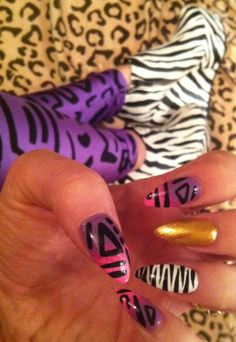 Zebra shoes & nails ( Rihanna Rude Boy inspired) by Scratch Dollface Zebra Shoes, Zebra Nails, Shoe Nails, Gorgeous Nails, Pretty Nails, Hair And Nails, My Nails, Classy Nail Art, Elegant Nail Designs