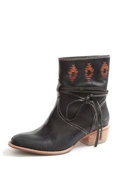 Kensie Footwear  Bindi Western Boot