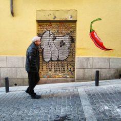 Picante!  @dingoperromudo #dingoperromudo #streetart #arteurbano #urbanart #graffiti #street #streetphoto #streetphotography #streetartmadrid #madridgraffiti #graffitimadrid #madridstreetart #igersmadrid #rsa_graffiti #vimural #wallfilth #urbanromantix #walls #tv_streetart #dsb_graff #wallpainting #welovestreetart #streetart_daily #instagrafite #ingf #madridstreetartproject #msap by madridstreetartproject
