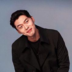 Hyun Bin, Korean Art, Korean Guys, Dream Guy, Your Music, My Crush, Best Actor, Korean Actors, Kdrama