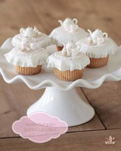 Vanilla Pumpkin Spice Cupcake Recipe | Sweetopia