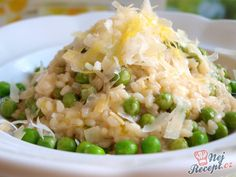 Krémové rizoto s hráškem Fried Rice, Bon Appetit, Toast, Food And Drink, Cooking Recipes, Yummy Food, Ethnic Recipes, Diet, Top Recipes