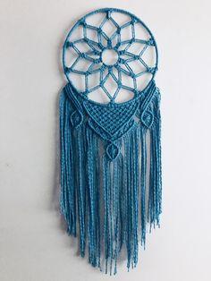 Diy Yarn Decor, Macrame Patterns, Dream Catcher, Crafting, Homemade, Stars, Creative, Wall, Products
