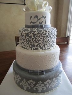 White And Silver Wedding Cakes