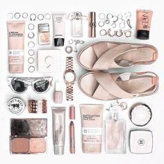 Margaret Zhang | Nude + Blush Tones | Flat Lays. Flat Lay Inspiration.