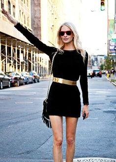 black dress/gold belt (P Delevigne)