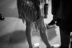 Foto de Backstage del desfile de la colección AW 2012 Material Mix.  Ph. Matías Sinigoi