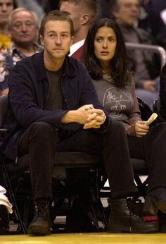 Edward Norton and Salma Hayek | 19 Totally Forgotten Celebrity Couples Of The '00s