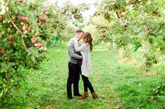 Apple orchard engagement shoot. Montreal engagement. Photo by : www.bartekandmagda.com