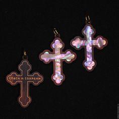 Купить Крестики нательные из палисандра со вставками нат перламутра - комбинированный, крестик, перламутр