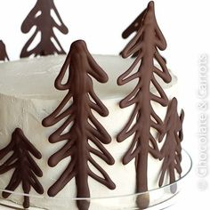 Recipe: Chocolate Raspberry Forest Cake (plus how to make the chocolate trees!) Chocolate cake, raspberry filling, chocolate ganache, and vanilla buttercream frosting! Noel Christmas, Christmas Goodies, Christmas Baking, Christmas Treats, Holiday Treats, Holiday Recipes, Christmas Cakes, White Christmas, Holiday Cakes