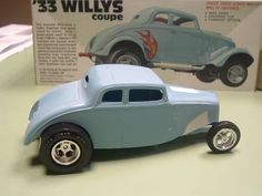 High boy hot rod version of the classic Willys kit.It is so refreshing to see this not built as another Gasser. Model Cars Kits, Kit Cars, Model Cars Building, Truck Scales, Car Kits, Plastic Model Cars, Robert Kennedy, Old Models, Car Stuff
