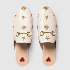 Princetown embroidered leather slipper - Princetown Gucci - Ideas of Princetown Gucci - Gucci Princetown embroidered leather slipper Detail 3 Princetown Gucci, Gucci Horsebit Loafers, Gucci Store, Gucci Gifts, Leather Slippers, Loafer Shoes, Women's Shoes, Shoes Style, Dance Shoes