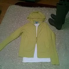 100% cashmere sweater Very pretty between a light lime green/yellow  100% cashmere hooded zip up cardigan. Very gently worn and in great shape. No balling on inside of arms. Measures 24.5 from shoulder to bottom of sweater. 2 way zipper. white and warren  Sweaters Cardigans
