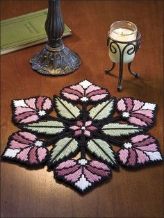 Discover thousands of images about Plastic Canvas - Projects for the Home - Table & Shelf Decoration Patterns - Floral Stained Glass Plastic Canvas Stitches, Plastic Canvas Coasters, Plastic Canvas Crafts, Plastic Canvas Patterns, Broderie Bargello, Plastic Canvas Christmas, Canvas Designs, Yarn Crafts, Diy Crafts