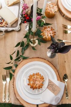 Add personal touches like a handwritten message to the tablescape
