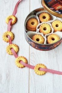 A Danish recipe for delicious butter cookies, perfect for Christmas time!