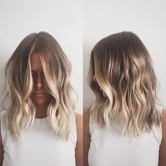 Here's Every Last Bit of Balayage Blonde Hair Color Inspiration You Need. balayage is a freehand painting technique, usually focusing on the top layer of hair, resulting in a more natural and dimensional approach to highlighting. Hair Color And Cut, Summer Hair Colour, Nice Hair Colors, Beach Hair Color, Hair Color Balayage, Short Balayage, Blonde Color, Ombre Balayage, Bronde Lob