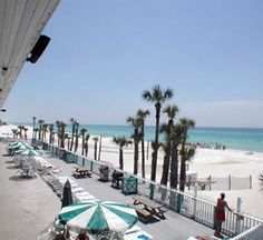 Sandpiper-Beacon Beach Resort in Panama City Beach, Florida is pet friendly! Click for more info on this fantastic, family-oriented beachfront hotel in Panama City.
