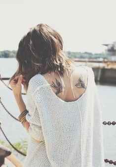 Tatuagem + frio + suéter quentinho