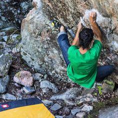 Good day trying out sharp granite Boulder's in Åkers Styckebruk, Sweden #NoBetaNeeded #Bouldering