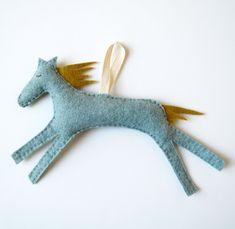 dreamy felt horse