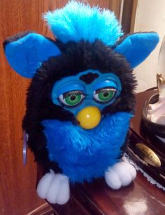 GO FURBY - #1 Resource For Original Furby Fans!: Green Eyed Beauty - Series / Generation 8 Blue Blu...