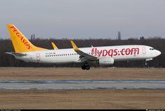 TC-CPC Pegasus Boeing 737-82R(WL)