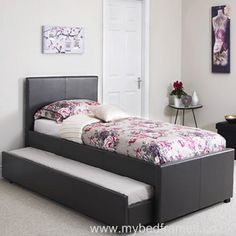 Mercury Row Give your master suite or guest bedroom the perfect centrepiece with this Laidley Daybed with Trundle, featuring a sleigh design.