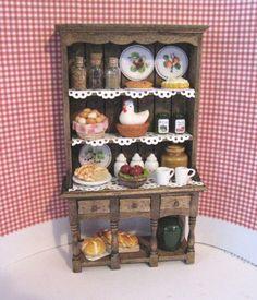 Dollhouse cocina, tocador, aparador, vestido, rústico, país, escala Twelfh, miniatura casa de muñecas