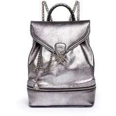 Alexander Mcqueen Small charm chain metallic pebbled leather backpack (10.715 RON) ❤ liked on Polyvore featuring bags, backpacks, metallic, rucksack bag, day pack backpack, pebbled leather backpack, metallic backpack and hardware bag