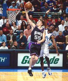 Jason Williams, the guy who really put Sacramento on the map. Jason Williams, Slam Dunk, Ricky Davis, Basketball Players, Basketball Court, Tennis, Sacramento Kings, Sport, Suit Fashion