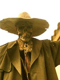 102 Wicked Things To Do: #31 Scarecrow