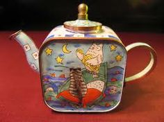 Owl And The Pussycat Teapot