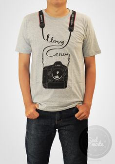 $18 USD Canon T shirt / Photography / Love