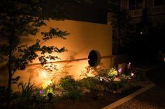 四季を愉しむ和の空間。枯山水を暖かい光が包む。 #lightingmeister #pinterest #gardenlighting #outdoorlighting #exterior #garden #light #house #home #fourseasons #season #japanesestyle #japan #warm #karesansui #四季 #季節 #和 #和風 #暖かい #光 #枯山水 #家 #庭 Instagram https://instagram.com/lightingmeister/ Facebook https://www.facebook.com/LightingMeister