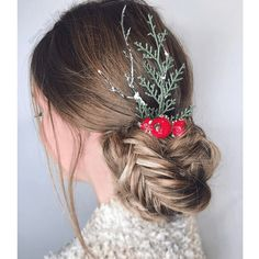 80 Attractive Christmas Hairstyles for the Best Holiday Look Evening Hairstyles, Christmas Hairstyles, Retro Hairstyles, Down Hairstyles, Easy Hairstyles, Prom Hairstyles, Simple Prom Hair, Prom Hair Updo, Curly Hairstyle