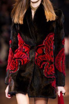 Versace Fall 2014 - Details