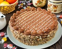 Kiev cakes to guests. Ingredients for a cake with a diameter of 21 cm: For the cakes: 220 g of the aged proteins (left overnight at room Sweet Recipes, Cake Recipes, Dessert Recipes, Kiev Cake, Russian Cakes, My Dessert, Russian Recipes, Christmas Desserts, Let Them Eat Cake