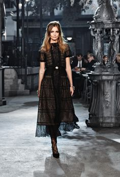 The looks of Paris in Rome 2015/16 Métiers d'Art Ready-to-wear collection on…