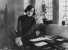 Asta Nielsen in Hamlet, 1921