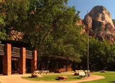 The Zion Lodge exterior
