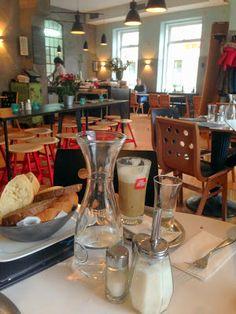 Vegan frühstücken im CAFE MENTA #vegan #vienna Places To Eat, Austria, Tips, Travel, Mint, Kaffee, Advice, Viajes, Traveling