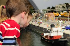 https://www.fijnuit.nl/blog/in-miniworld-rotterdam-is-meer-te-zien-dan-je-denkt Ga een heerlijk dagje uit met de kinderen naar Miniworld Rotterdam. Wat je er kunt verwachten lees je in onze review via bovenstaande link.