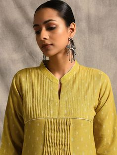Yellow Handloom Ikat Cotton Kurta with Pintucks Sleeves Designs For Dresses, Neck Designs For Suits, Dress Neck Designs, Blouse Designs, Simple Kurta Designs, Kurta Designs Women, Cochin, Kurta Patterns, Kurti Embroidery Design