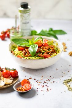 Blog - Spaghetti due Pomodori mit Hanf-Pesto Pesto, Bio Spirulina, Spaghetti, Blog, Al Dente, Hemp Seeds, Dried Tomatoes, Healthy Lunches, Vegane Rezepte